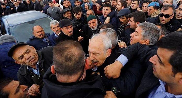 Kılıçdaroğlu'na yumruk atan kişinin 3 yıl 10 aya kadar hapsi istendi