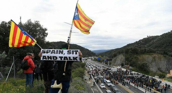 İspanya Katalan siyasetçiler