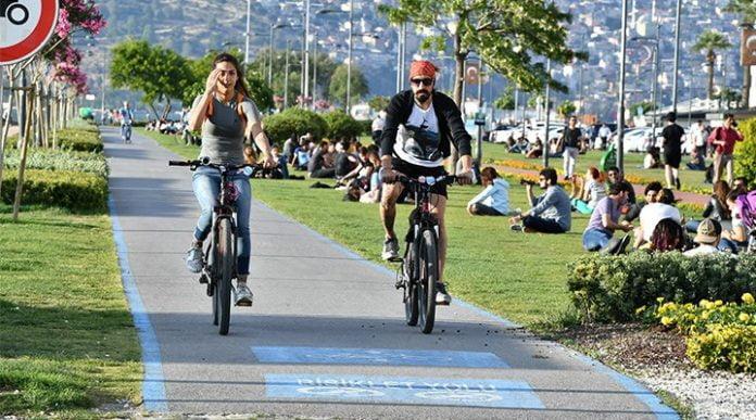 Bisiklet yolu belediye park
