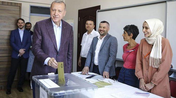 seçim oy Recep Tayyip Erdoğan