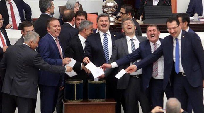 Erdoğan Bayraktar 17-25